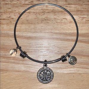 Family tree bracelet (like Alex and Ani)